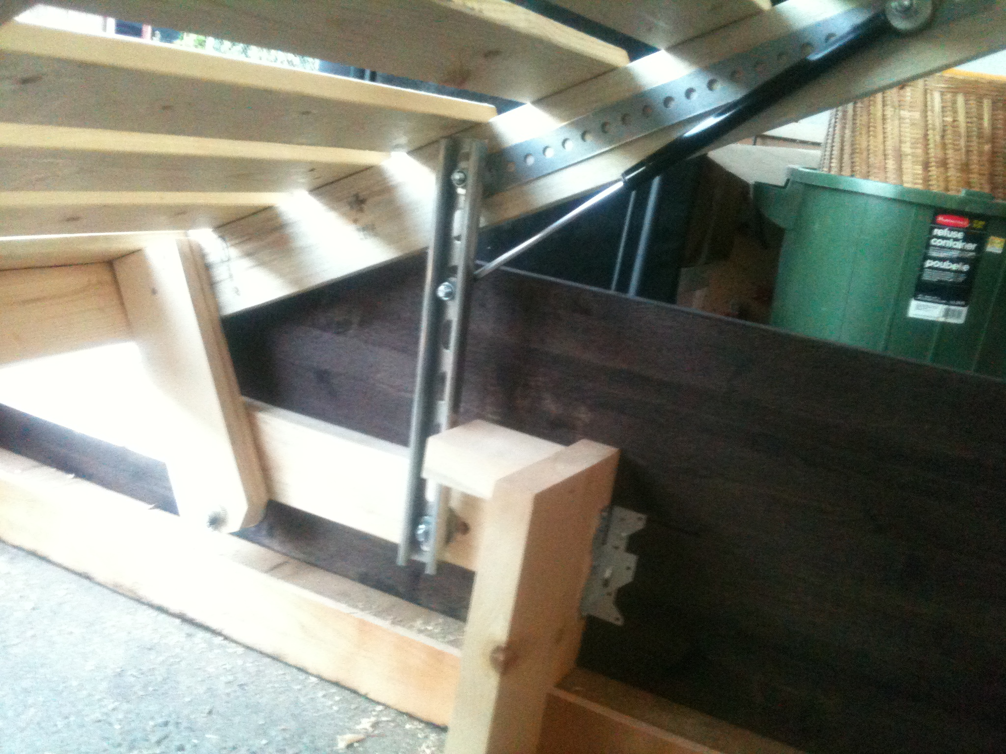 Photos of Storage Bed Lift Mechanism & Storage Bed: Storage Bed Lift Mechanism